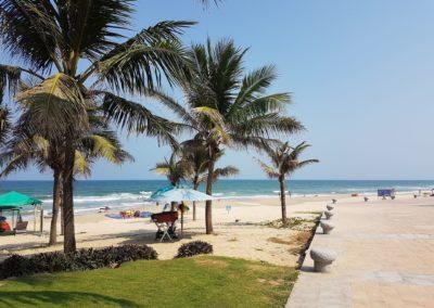 Slunečný den na My Khe Beach