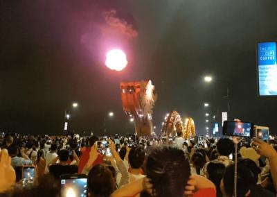 Ohnivá dračí show na Dragon Bridge