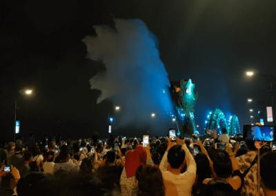 Vodní dračí show na Dragon Bridge