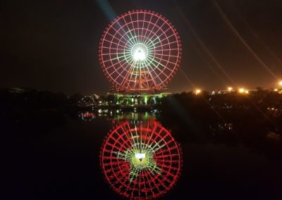 Ferris Wheel v parku Sun World Da Nang Wonders